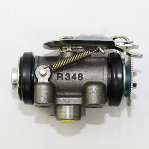 MITSUBISHI CANTER Рабочий тормозной цилиндр задний R MC112215-YUHOLI, 130-30235, A152-R210 / Автодепо
